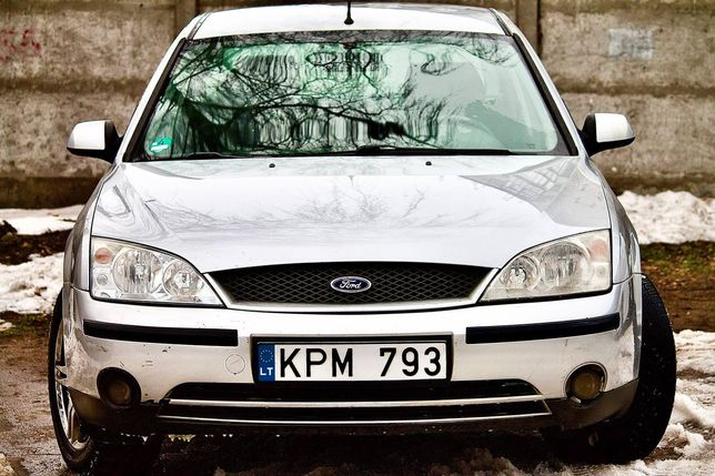 Ford Mondeo 1.8 b