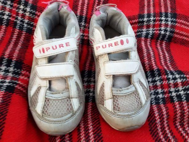 Кроссовки для девочки теплые весенние осенние кожаные бу