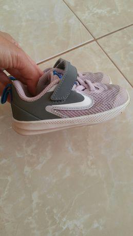 Buty Nike Downshifter rozmiar 22