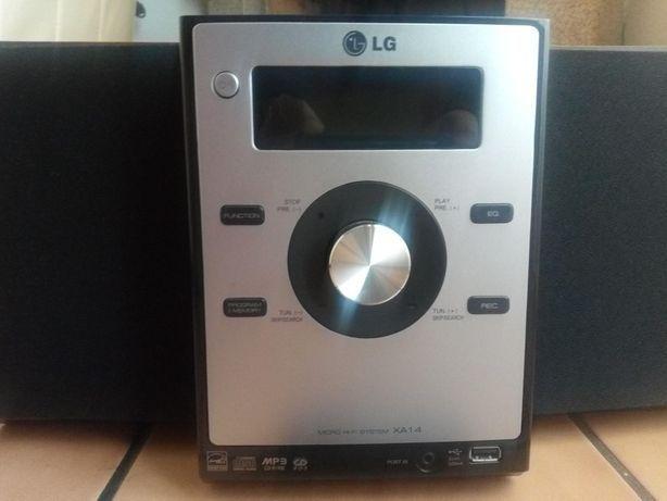 Aparelhagem LG com comando com entrada USB, CD, rádio Excelente estado
