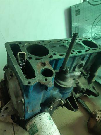 Блок ВАЗ 2106, 2121 всборе 1,8, низ двигателя классика 1815см3