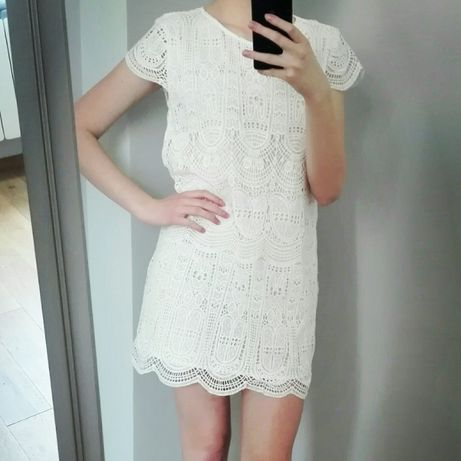 Koronkowa sukienka MANGO