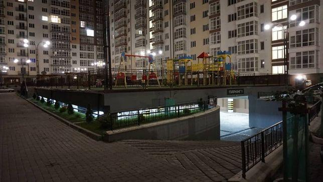 Квартира в Центрі Івано-Франківська. Поруч 100-метрівка.
