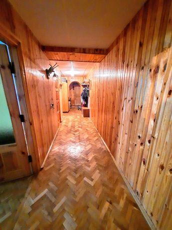 Продам 3-кімнатну квартиру,  85 м.кв, на 4-му поверсі, район 3 школи