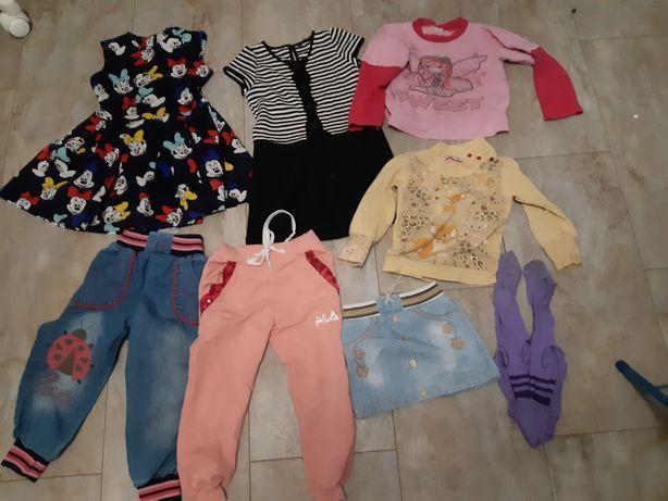 Одежда для девочки 4-5 лет