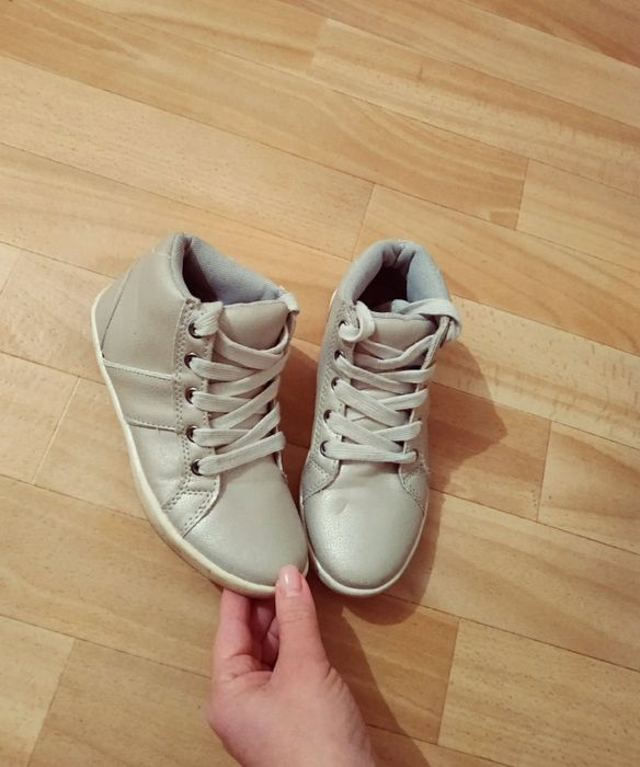 Ботинки кроссовки весна-осень  для девочки Николаев - изображение 1