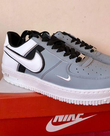 Sapatilhas Nike Cinza