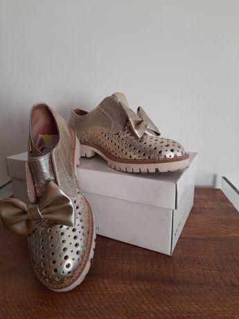Sapatos Dourados Nata