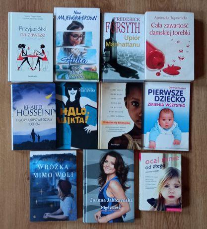 11 książek literatury kobiecej
