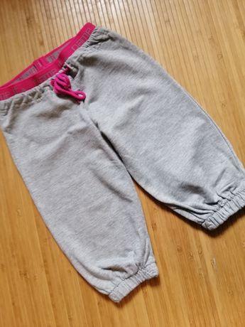Спортивные штаны на 9-12 месяцев