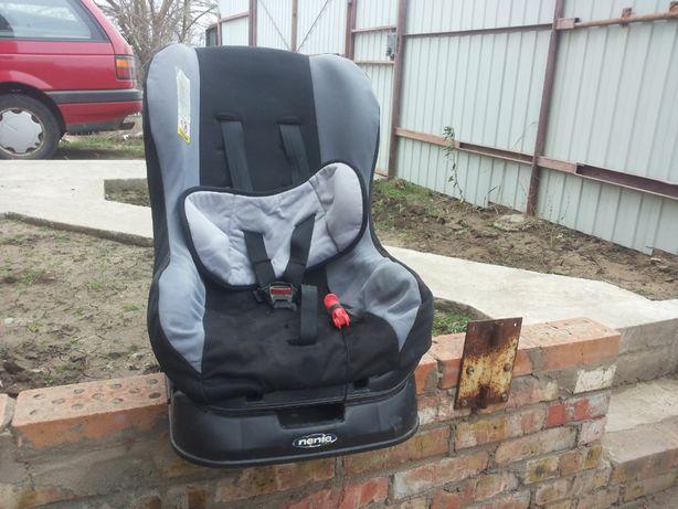 Продаю детское автомобильное кресло на 5-7 лет.Цена 1800 грн.Торг.