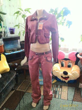 Джинсовый костюм новый. Размер 46-48.