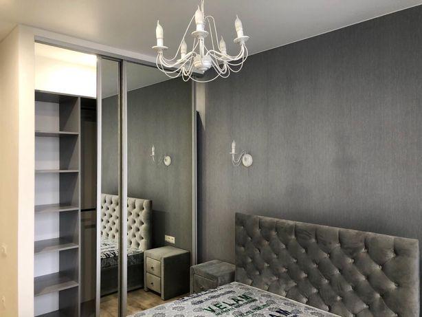 Продам в Омеге 3 секция свою однокомнатную квартиру 44м 21эт кухня сту