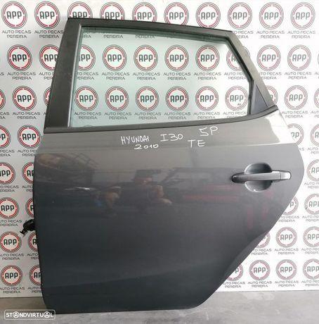 Porta traseira Hyundai I30 2010 5 portas esquerda