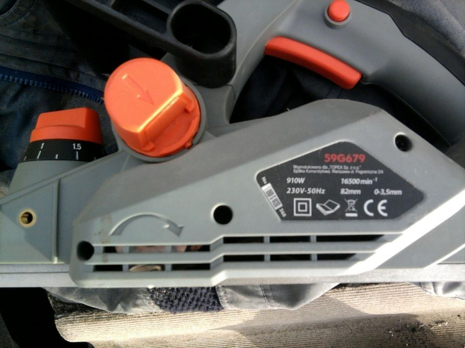 Електрический рубанок гембель електричний Graphite 910 W Хыров - изображение 1