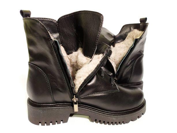 Женские зимние ботинки кожаные на завышенной подошве