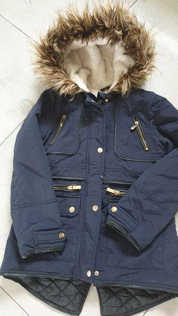 Płaszczyk -kurtka dla dziewczynki lat 9.