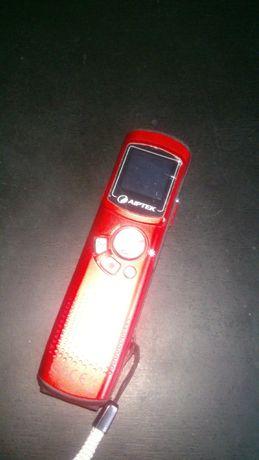 продам диктофон с камерой AIPTEK TRIO 4GB HD
