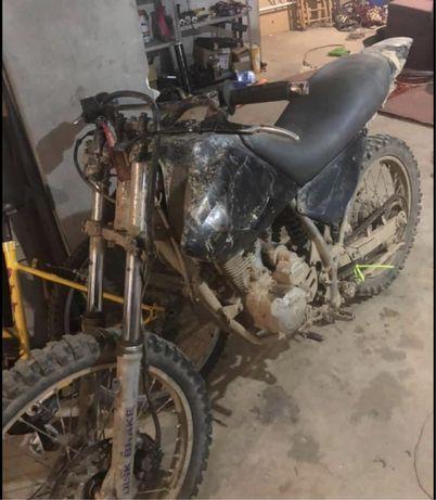 Hardford 125cc , a trabalhar bem ,sem nenhum problema