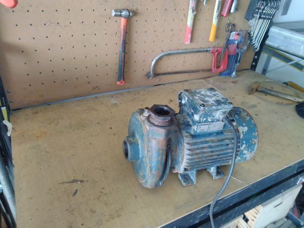 Motor de puchar agua