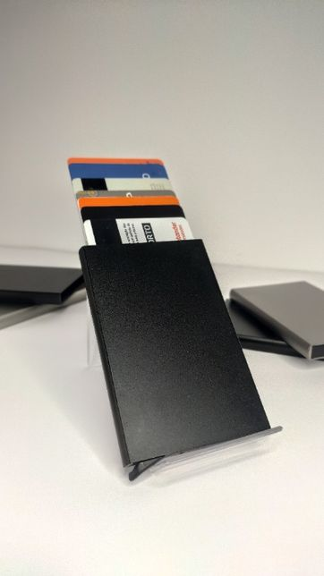 Porta cartões Pop-Up Em Alumínio