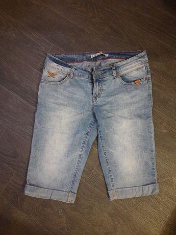 Продам джинсы и джинсовые шорты