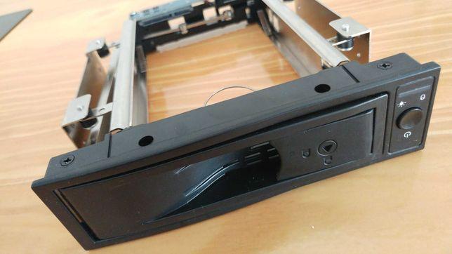 Base de Unidade de Disco Rígido Suporte de Montagem HDD