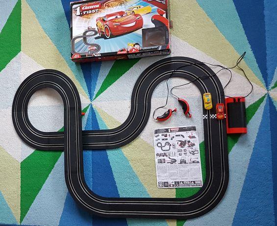 Tor wyścigowy Carrera Cars 3