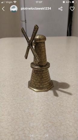 Mosiezny dzwonek wiatrak 15 cm wysokosci