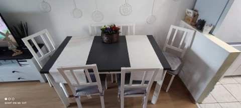 Stół rozkładany plus 6 krzeseł
