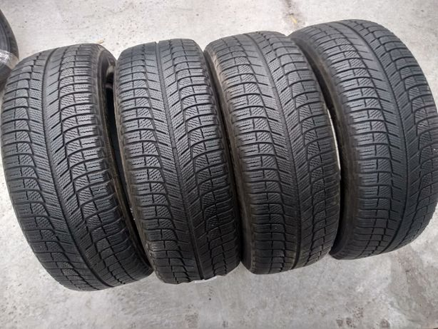 Зимняя резина 225/60 R17 Michelin Latitude X-Ice