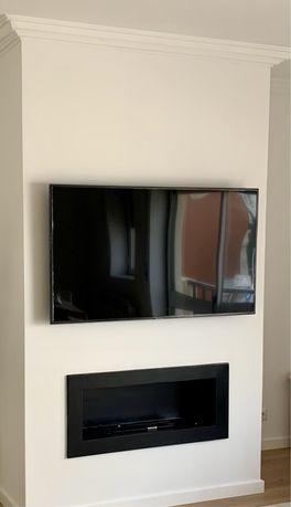"TV Samsung UE55RU7025KXXC  SmartTV 55"" LED 4K UHD Ecrã Danificado"