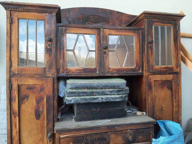 Шкаф старинный под реставрацию