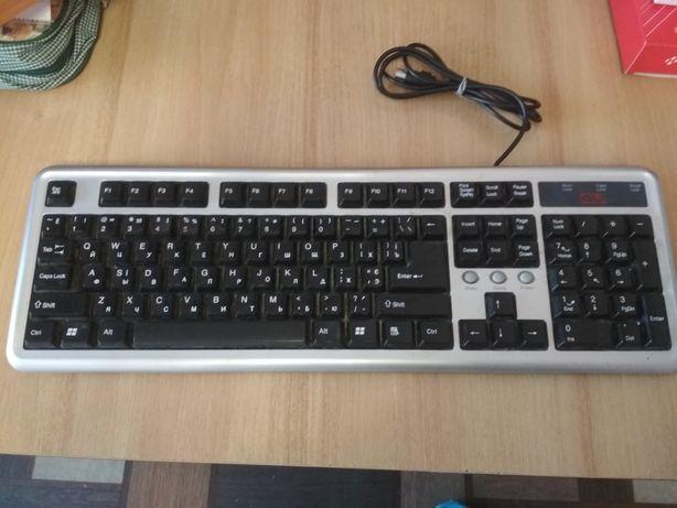 Клавиатура рабочая(Бесплатная олх доставка)