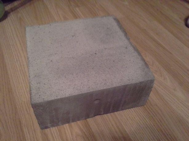 bloczek z betonu komórkowego , pustak solbet, strop, ścianki działowe