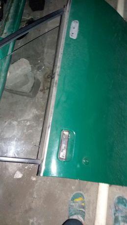 Двери Ford Granada задние