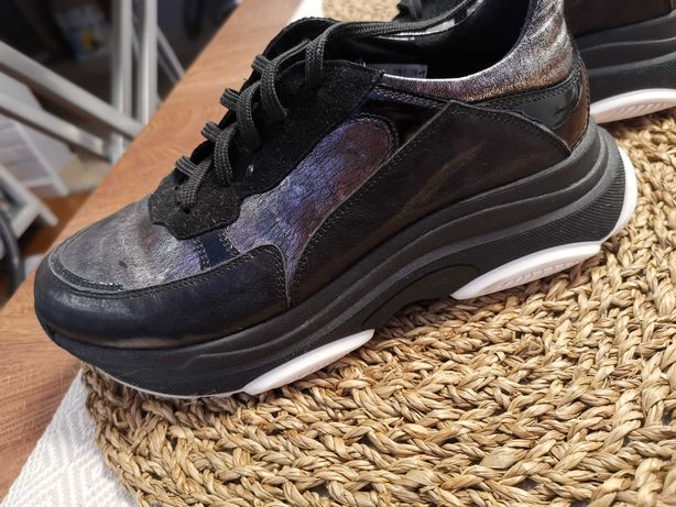 Sneakersy Nessi czarne skórzane r. 38