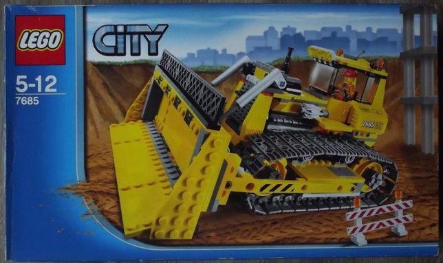 Duży zestaw LEGO 7685 - buldożer - kompletny