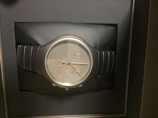 мужские часы Rado True Active Men's Watch R27897402