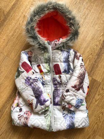 Куртка для девочки 3-4 года, рост 104