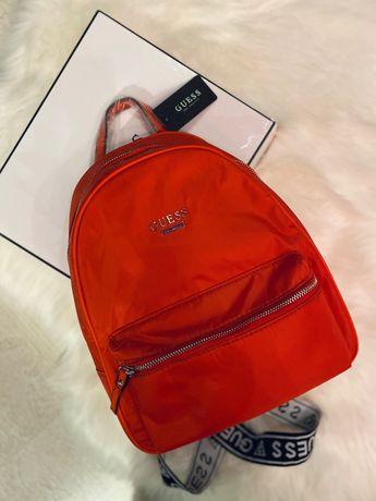 Рюкзак нейлоновый Guess