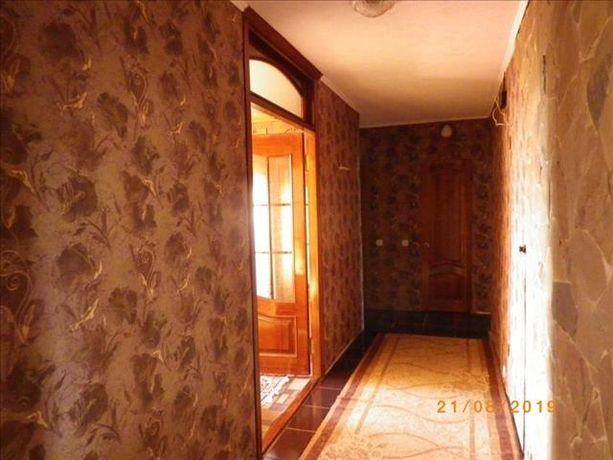 Продам квартиру 4 комнатную на 9 районе!