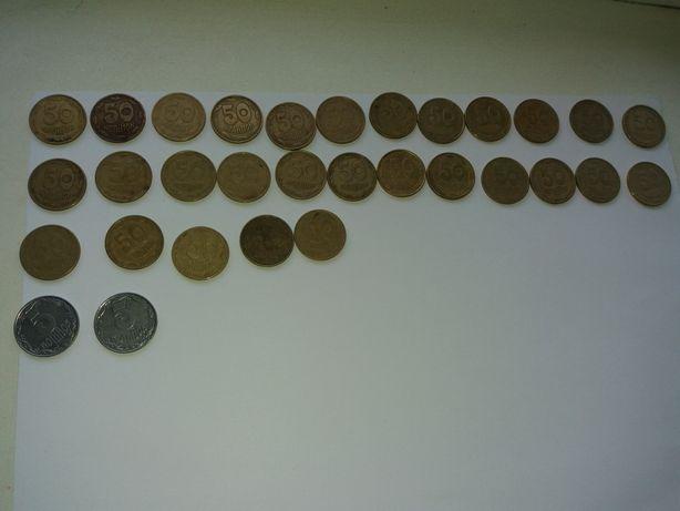 Монети номіналом 50 і 5 копійок 1992 року