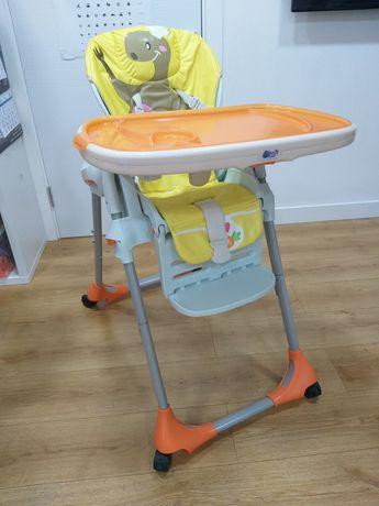 Дитяче годувальне крісло Chicco