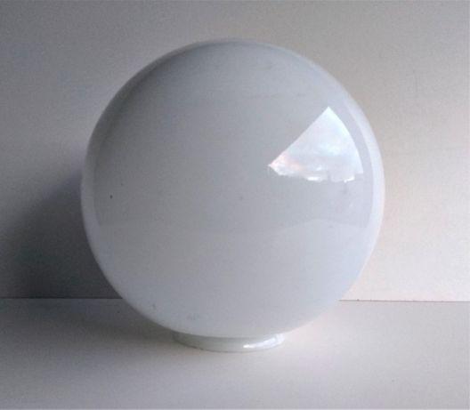 Biały klosz - kula / średnica 240mm./.