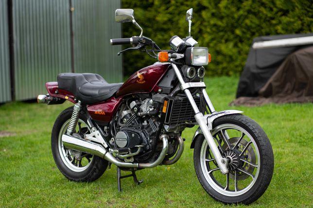 Honda VF 500 Magna V4 Shadow