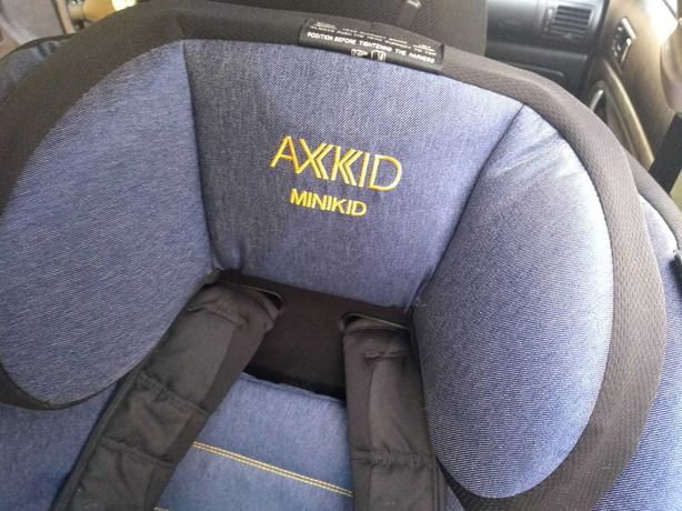Fotelik samochodowy AXKID MINIKID RWF 9-25 KG