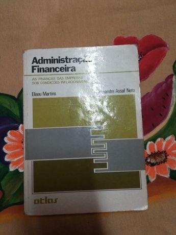 Vendo Livro de Administração Financeira