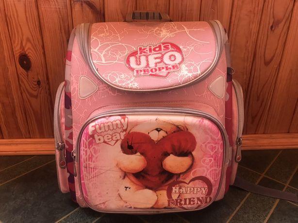 Рюкзак для девочки начальных классов