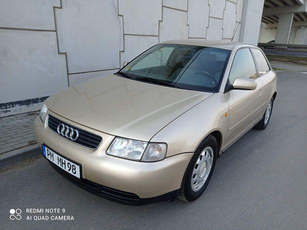 Audi a3 1,8 klimatronik bez korozji z Niemiec